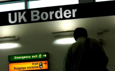 _72502360_uk-border